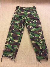 Men's British Army W31 L29.5 Combat Trousers Woodland Camouflage DPM Superb