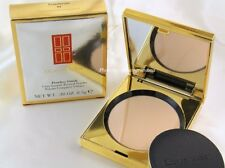 Elizabeth Arden Pressed Powder Translucent  01 Flawless Finish Ultra Smooth