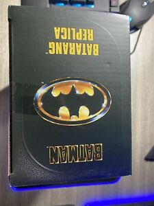 ✅NEW✅NECA BATMAN 1989 BATARANG REPLICA MOVIE PROP EXCLUSIVE SEALED IN HAND
