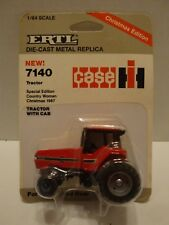 ERTL Die-Cast Tractor Case 7140 Tractor with Cab Christmas Edition 1:64 C2-304
