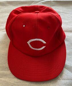 CINCINNATI REDS - Vintage Snapback Red Hat Unworn New Size 6 1/2 - 7 1/8 Medium