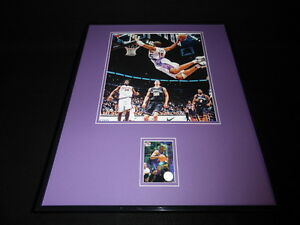 Vince Carter 16x20 Framed Game Used Warmup & Photo Display Raptors