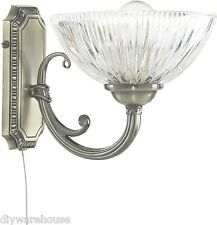 SEARCHLIGHT 4771-1AB WINDSOR II 1 LIGHT ANTIQUE BRASS WALL BRACKET-RIBBED GLASS.