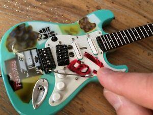 Green Day Guitar Billie Joe Armstrong Guitar Replica Mini Guitar