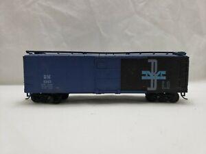 HO~Boston & Maine/BM #1145~40' Box Car~Unbranded~Blue~Sliding Doors