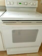 Ge Spectra Electric Stove, Pre- Owned , Working Condition. Local Pick Up 60025