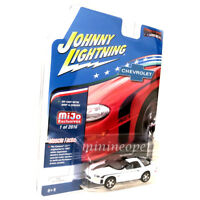JOHNNY LIGHTNING JLCP7139 2002 CHEVROLET CAMARO ZL1 1/64 DIECAST MODEL CAR WHITE