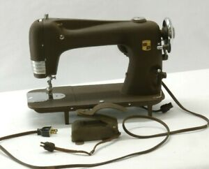 Antique Montgomery Ward Supreme Reversible Rotary Sewing Machine Model 30