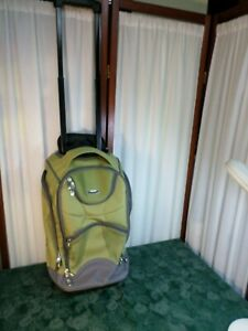 Dockers Rolling Wheeled Carry On Luggage/Shoulder Bag/ Backpack w/5 Compartments