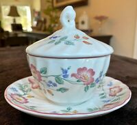 """Churchill BRIAR ROSE Staffordshire England 3 3/4"""" Sugar Bowl with Lid and Saucer"""