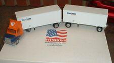 Roadway Express '96 Doubles Winross Truck