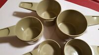 5 piece vintage Tupperware green measuring cup set