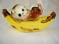 Mid-century Vintage Salt & Pepper Shaker Set~Banana w/Lounging Baby Monkey