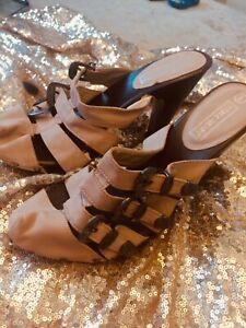 Italian Soft pink buckle Clogs mule shoes siza UK 8