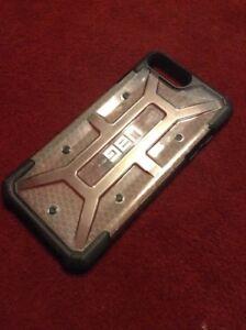 UAG iPhone 7 PLUS 8 PLUS CLEAR PLASTIC CASE, BLACK BORDER, BARELY USED, VRYSAFE