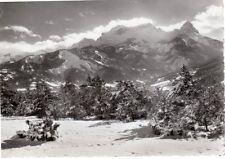 Les beaux sites de la route des Alpes - Le Chapeau de Gendarme dans son cadre de