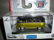 1/64th M2 Machines Auto Thentics 1958 VW Microbus 15 Window USA Model