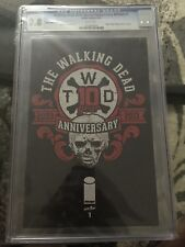 Walking Dead 2014 Special Anniversery Edition #1 CGC 9.8 EXTREMELY RARE !!!