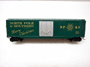 HO Bachmann North Pole & Southern Merry Christmas Reefer Box Car NP&S 356097