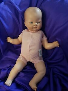 "1977 Vogue Welcome home baby doll with cryer newborn vintage 18"" 41877"