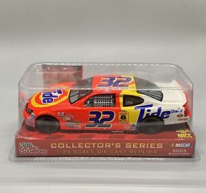 Ricky Craven #32 Tide 2003 Pontiac Racing Champions 1:24 Diecast NASCAR Replica