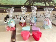 Detalles para Bodas comuniones bautizo 20 brillo de labios pinguinos y Jabón