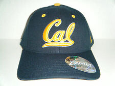 University Cal Berkeley Golden Bears Authentic Stretch Fit Size Medium / Large