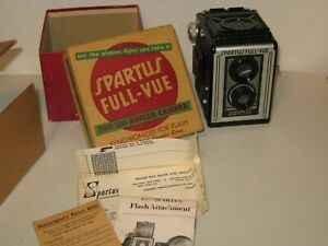 VINTAGE SPARTUS FULLVEIW REFLEX CAMERA WITH BOX AND INSTRUCTIONS - VERY GOOD CON