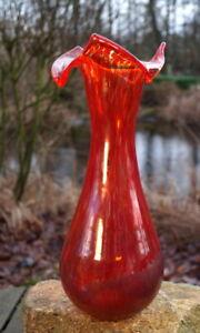 excellente Design Vase Kunstglas rot 38 cm Blumenvase Handarbeit Sammlerstück