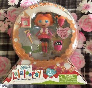 NEW Snow Globe Mini Lalaloopsy Doll Bea Spells A Lot W/ Pet and Accessories NIP