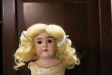 SIZE 11 SUZANNE LIGHT BLONDE ANTIQUE MODERN DOLL WIGS  SYNTHETIC MOHAIR