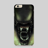 Alien vs Predator Fighting Phone Case Cover