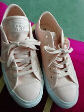 Converse All Star  Low Top Trainers UK 6 EUR 39 - Nude leather
