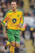 Football Photo>DEAN ASHTON Norwich City 2004-05