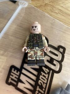 TheMinifigCo. TMC Minifig co 6-color Woodland vest body and Light Flesh Head