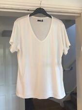 Boohoo White Maternity T Shirt V Neck Size 18