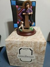 Willitts Amish Heritage Collection ~Aaron and Caleb~ Figurine with Quilt #30017