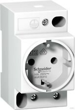 Schneider Electric Sockets 16A 2P+E 250v A9a15310
