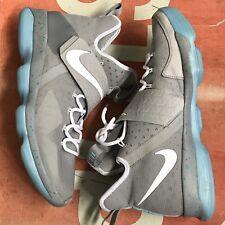"Nike Lebron XIV ""Air Mag"" Basketball Sneakers Mens Size 12.5 Box"