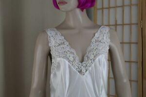 Victoria's Secret White Satin Long Nightgown Size Medium/Large Bridal Wedding