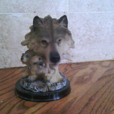 #15 Wolf head w 2 babies figurine and collectable