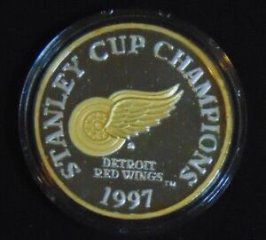 DETROIT RED WINGS .999 FINE SILVER W/ 24KT GOLD COIN 1997 ENVIROMINT STANLEY CUP