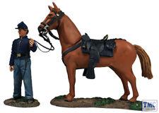 B31269 W.Britain Federal Orderly Holding Horse - 2 Piece Set American Civil War