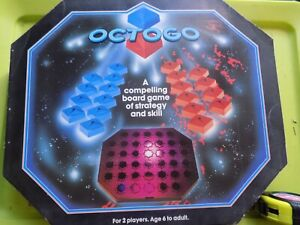 vintage Boxed  Octogo strategy game