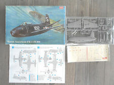 "NORTH AMERICAN FJ-1 FURY ""2 USNAVY "" SIGA MODEL 1/72"