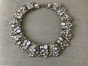 Beautiful New White And Gold Zara Gems Statement Necklace
