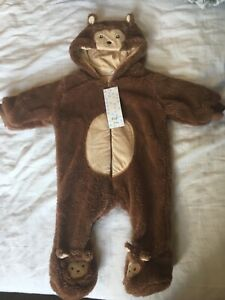 BNWT bear suit 0-3 month baby