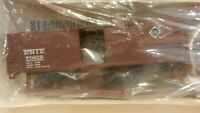 Walthers HO  40' Wood DS Boxcar Kit, Erie, NIB