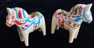 "Two 4"" Swedish Dala Horse Sweden Wood Folk Art Souvenir With Label White"
