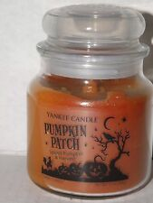 YANKEE CANDLE HALLOWEEN PUMPKIN PATCH SPICED SWIRL MEDIUM JAR CANDLE NWT